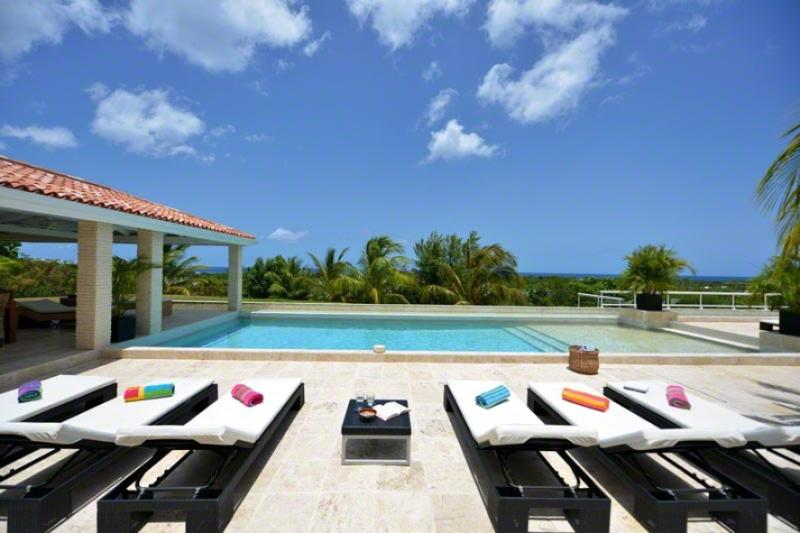 La Favorita, Terres Basses, St Martin - LA FAVORITA ... Absolutely Gorgeous Contemporary St Martin Rental Villa In The Heart of The French Lowlands! - Terres Basses - rentals