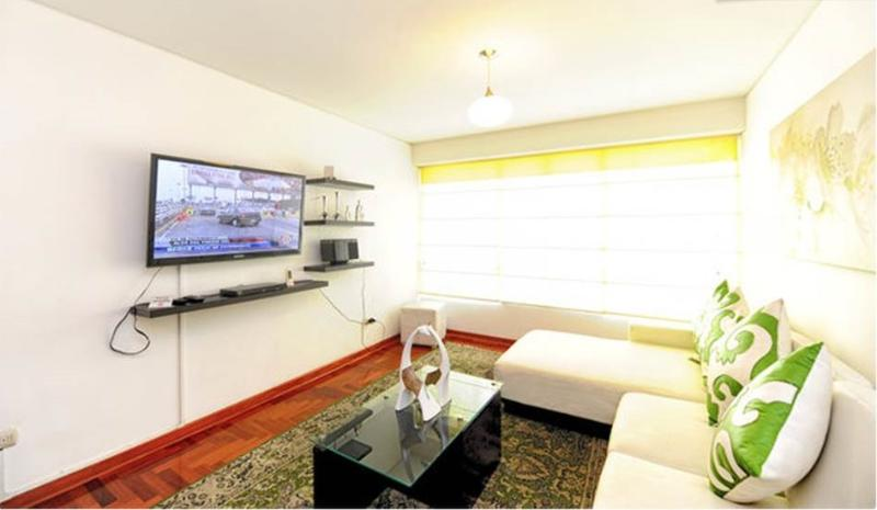 Living room - Great Location !!  Brand new apartment - Miraflores - rentals