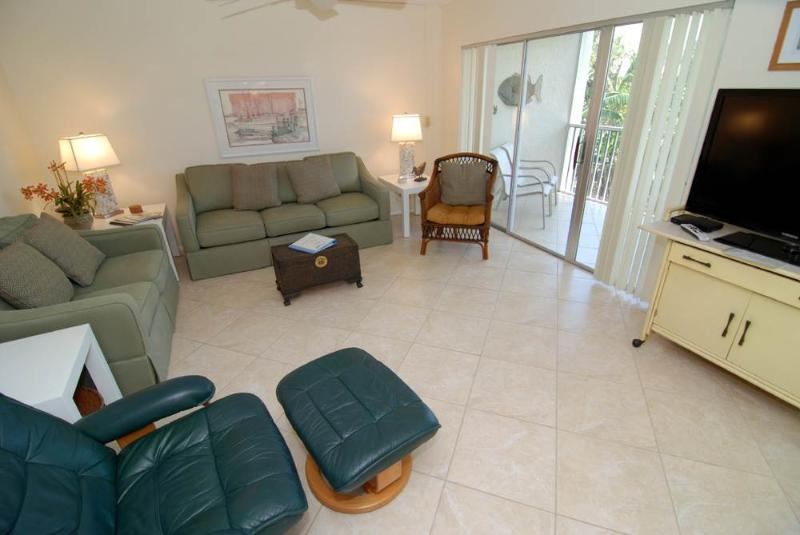 Sanibel Siesta on the Beach unit 206 - Image 1 - Sanibel Island - rentals