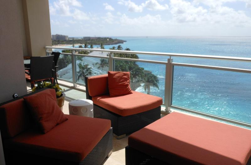 SocoLisa, The Cliff, Cupecoy, St Maarten - CHEZ SOCOLISA... contemporary condo at The Cliff on Cupecoy w/ tennis, gym, spa, beautiful beach! - Cupecoy - rentals