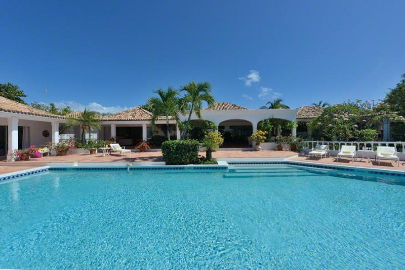Day O at Terres Basses, Saint Maarten - Beachfront, Amazing Sunset Views, Pool - Image 1 - Terres Basses - rentals