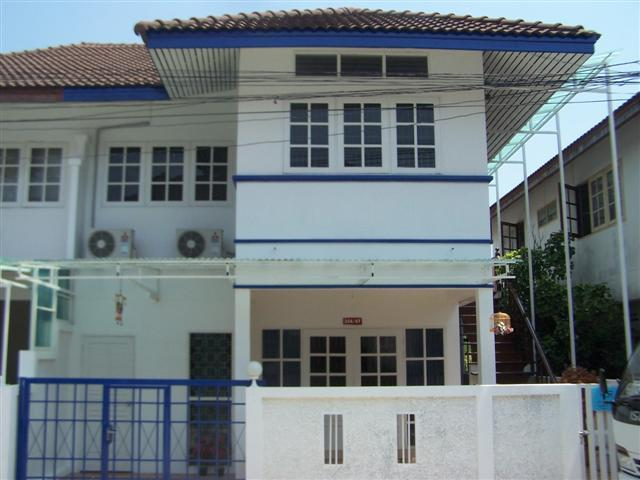 Townhouses for rent in Hua Hin: T0025 - Image 1 - Hua Hin - rentals