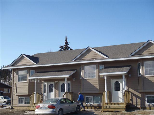 Main Building-Front View - Midnight Sun Vacational Rentals - Whitehorse - rentals