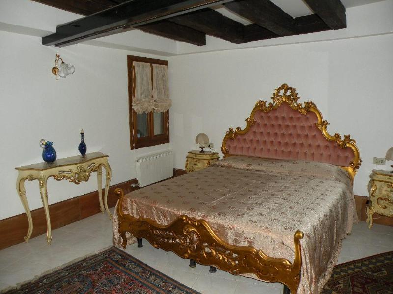 The bedroom - Great Canal view 5 minutes from S. Marco Square - Venice - rentals