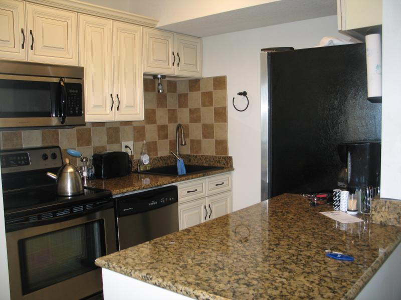 modern, renovated fully equipped kitchen - 3 bedrm new renovated condo on the beach/boardwalk - Virginia Beach - rentals