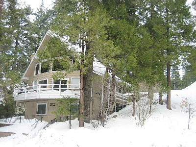 Beautiful Snowy winters - Beautiful and Bright, 3 Bedroom Chalet Sleeps 10! - Lake Arrowhead - rentals