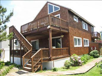 Picturesque 3 Bedroom & 1 Bathroom House in Cape May Point (3471) - Image 1 - Cape May Point - rentals