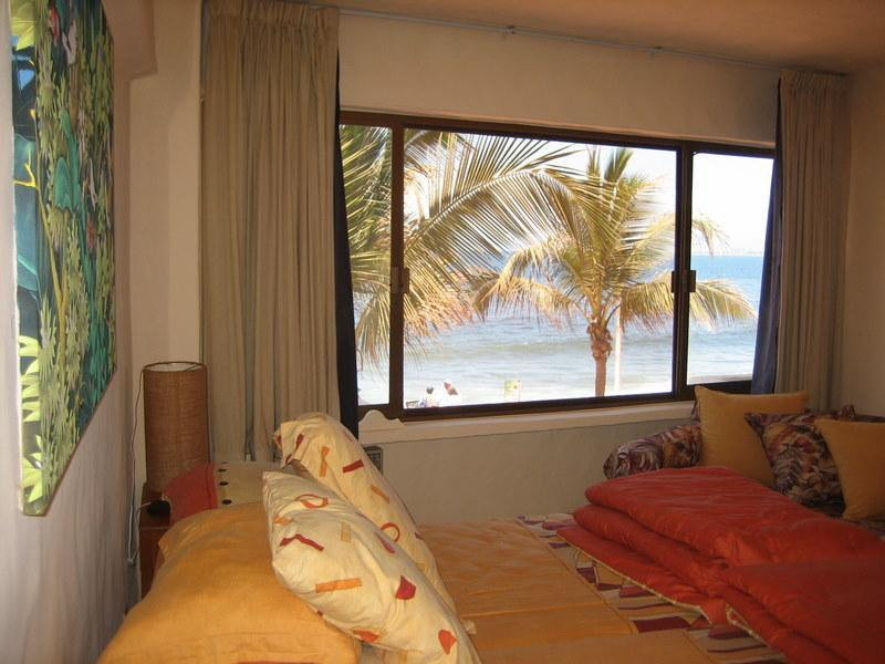 Bedroom Waterfront view - Vallarta BARGAIN ! OCEANFRONT 1/1 MALECON LUXURY - Puerto Vallarta - rentals