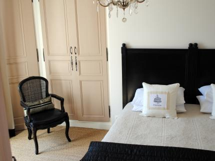 Bedroom 1 - Maison No. 20 Chambres D'hotes et Appartements - Eymet - rentals