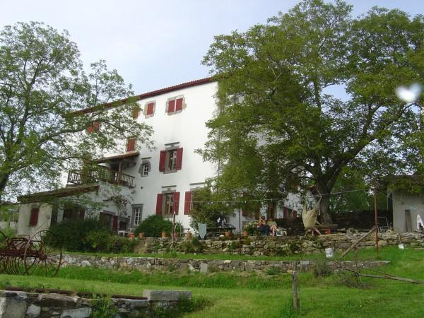 Santa Maria West - 2 bedroom gîte in 12th Century Basque Manor House - Helette - rentals
