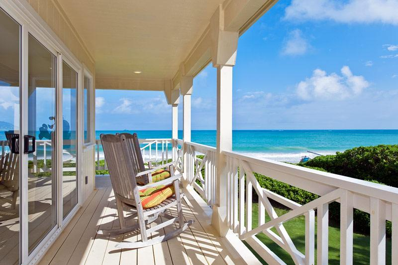 Relaxing Lanai(Porch) Overloooks Beach, Ocean, Offshore Islands. Wraps around 3 sides of House. - BEST BEACH----BEST VIEWS----BEST ACCESS----BEST HOME - Kailua - rentals