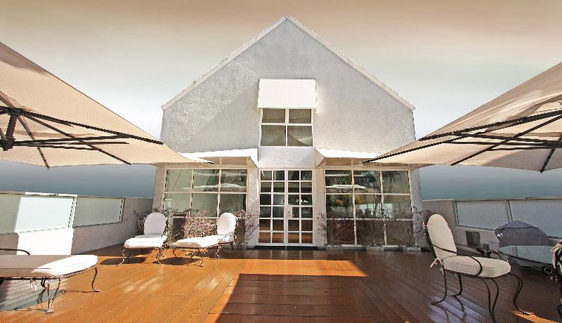 Front Of House - Eric Clapton's Amazing House on Venice Beach - Venice Beach - rentals