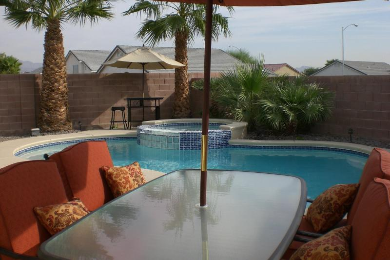 One of two eating areas, outside bedroom door. - Private Oasis Home- Pool/Spa- 3 bedroom/2 bathroom - Las Vegas - rentals