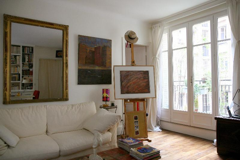 Beautiful Condo with 1 BR & 1 BA in Paris Montmartre Rue Etex - apt #701 - Image 1 - Paris - rentals