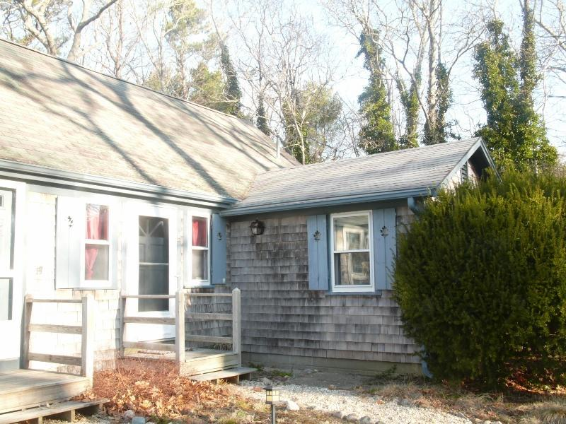 Front - Cape Cod Cottage, 4 bedrooms, 2 baths, Eastham, MA - Eastham - rentals