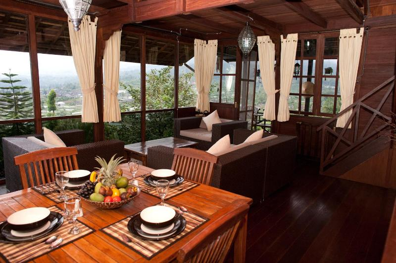 Large sitting/dining room with stunning views of lake Beratan & Bedugul valley - Mountain Lakeside Villa. Stunning views. Daily maid. - Candi Kuning - rentals