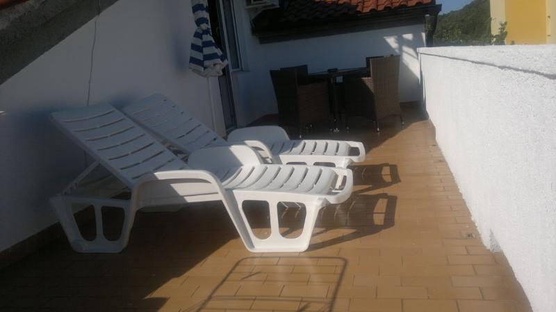 Self Catering 1 bedroom Croatian Apartment - Image 1 - Rab - rentals