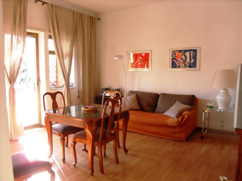 Vatican - Charming apartment with pool and tennis - Image 1 - Rome - rentals
