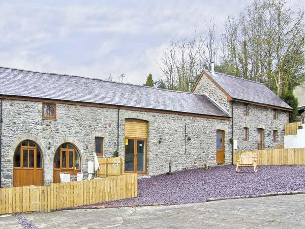MILLER'S COTTAGE, pet friendly, luxury holiday cottage, with hot tub in Llandysul, Ref 7264 - Image 1 - Ceredigion - rentals