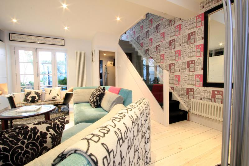 Lounge - Dean Street Townhouse - stunning 3-bed property - Brighton - rentals