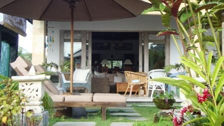 Main Villa - Villa Semua Suka 3 Bedroom with Bungalow in the Ricefields of Ubud - United States - rentals