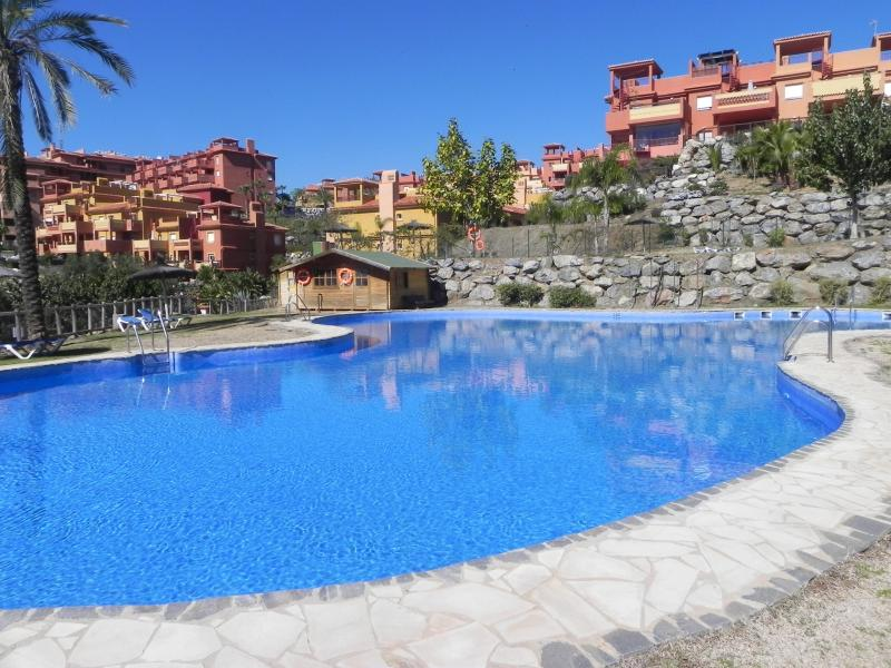 la reserva pool area - Lux. apart, family, near beach, golf (4-6pe) wi-fi - Malaga - rentals