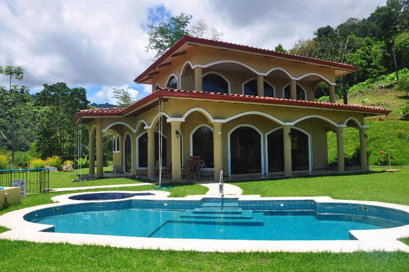 Beautiful home in Costa Rica's Osa, 3 bed/4 bath, private pool - Epic ocean and mountain view 3 bedroom home in Osa - Tres Rios - rentals