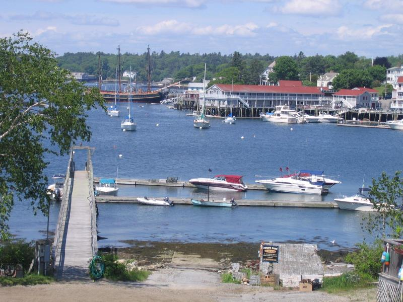 Beautiful day in Boothbay Harbor as seen from balcony - Harbor Sunset Cottage - Boothbay Harbor - rentals