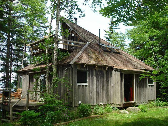 Approach to house from parking area - Cottage on Pitchers Cove - Waldoboro - rentals