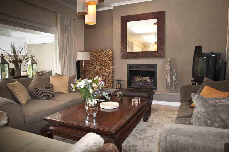 Lounge - Grace House self Catering House in Cape Town - Cape Town - rentals