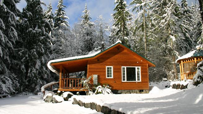 Wake up to a snowfall at Mt. Rainier - Dreamweaver Cabin @ Mt. Rainier - Mount Rainier National Park - rentals
