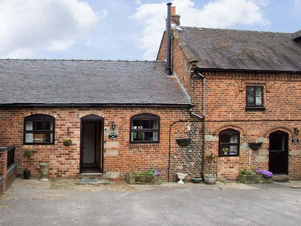 ORCHARD COTTAGE, pet friendly, character holiday cottage, with a garden in Edlaston, Ref 6964 - Image 1 - Ashbourne - rentals