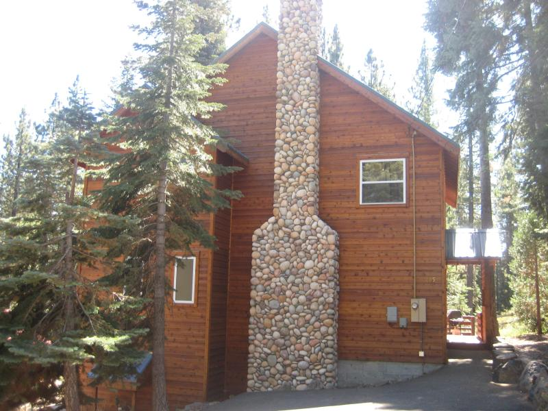Great West Shore Home...just minutes to Tahoe City - Image 1 - Tahoe Park - rentals