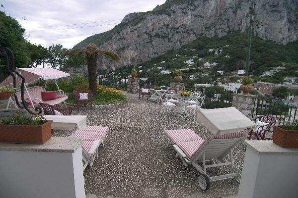 5 minute walk to Castiglione, situated in the middle of Capri, this villa enjoys marvelous summertime breezes. LDG TRA - Image 1 - Amalfi Coast - rentals