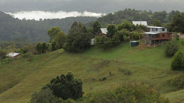 showing cottages and views - Rosebrook Cottages - Maleny - rentals