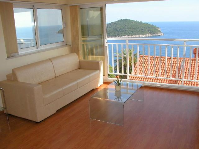 Enjoy incredible sea views from the comfort of your living room! - Anabella: spacious 1br apt, incredible sea views! - Dubrovnik - rentals