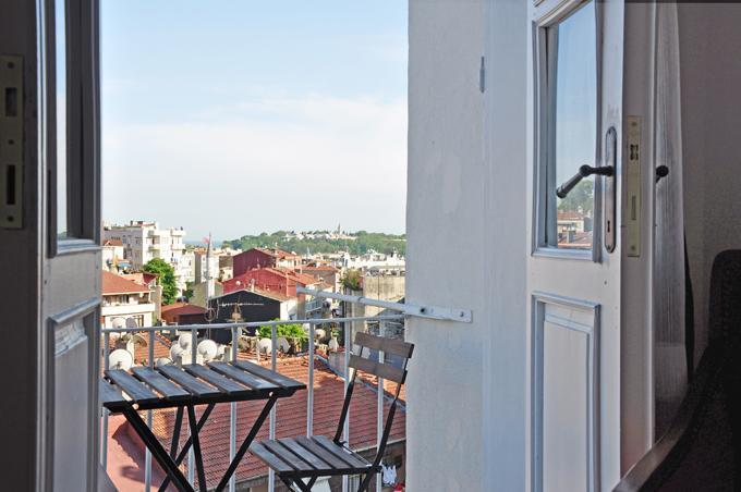 Topkapi Palace from balcony - Ultimate flat in Istanbul with stunning view, No.8 - Istanbul - rentals