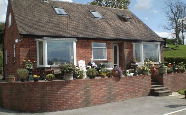 Millfields B&B - Spacious Chalet Bungalow - Ashbourne - rentals