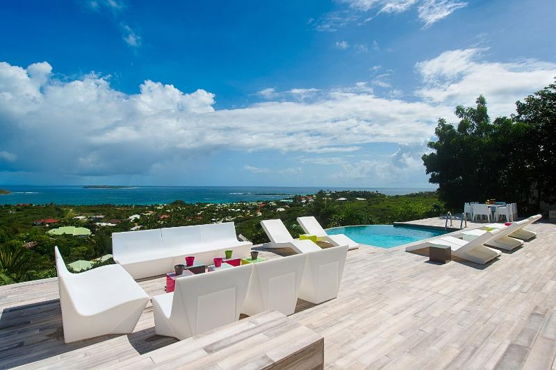 Villa Turquoze, Orient Bay, St Martin, - TURQUOZE...fabulous contemporary 4BR with breathtaking views over Orient Bay - Orient Bay - rentals