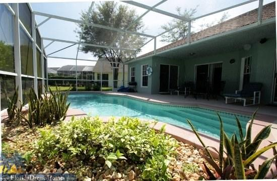 Restful Oasis Right Next to Disney World - Family 3 Bed/2Bath Pool Home only x.x miles to the Disney Entrance - Kissimmee - rentals