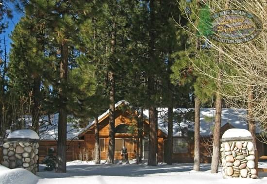 Coopers Creek - Front of the cabin WINTER - Cooper`s Creek - 3 Bedroom Vacation Rental in Big Bear Lake - Big Bear Lake - rentals