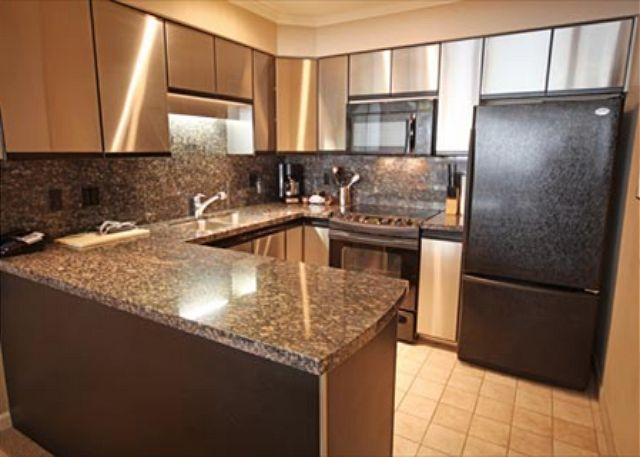 Kitchen - Acer Vacations   Great Family Friendly 2 Bedroom Ski-in Ski-out Accommodation - Whistler - rentals