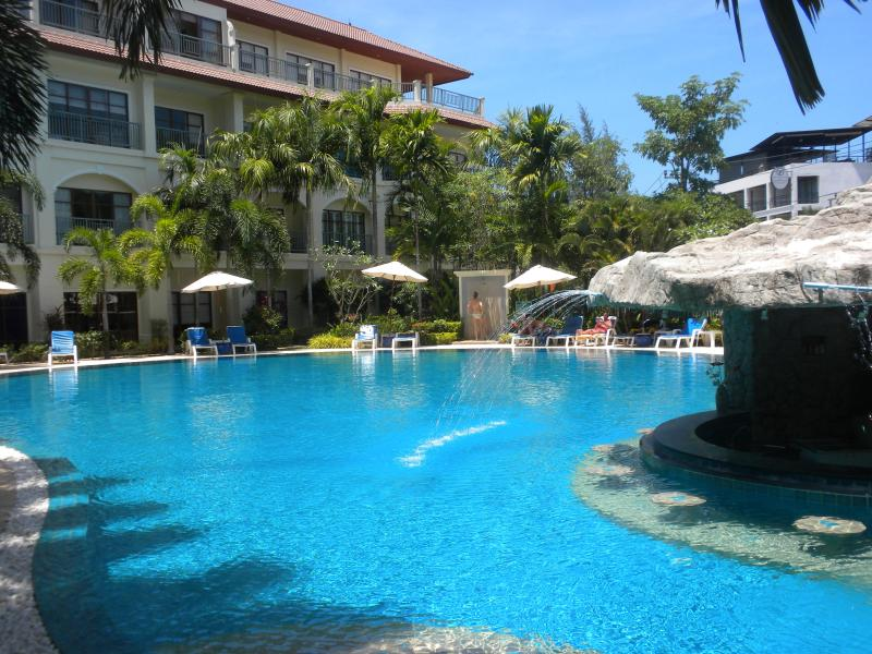 The Pool - Luxury 2-bedroom Apt, sleeps 5 + infant, pool view - Phuket - rentals