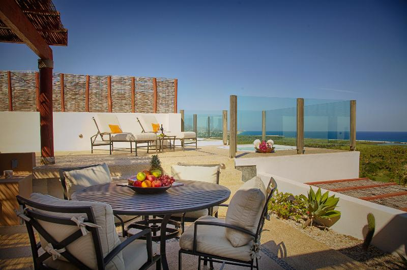Summer Deal! Marvelous Two-Level Luxury Penthouse W/Breathtaking Ocean Views - Image 1 - San Jose Del Cabo - rentals