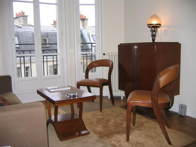 Living room - Art Deco Elegance in Montmartre - 18th Arrondissement Butte-Montmartre - rentals