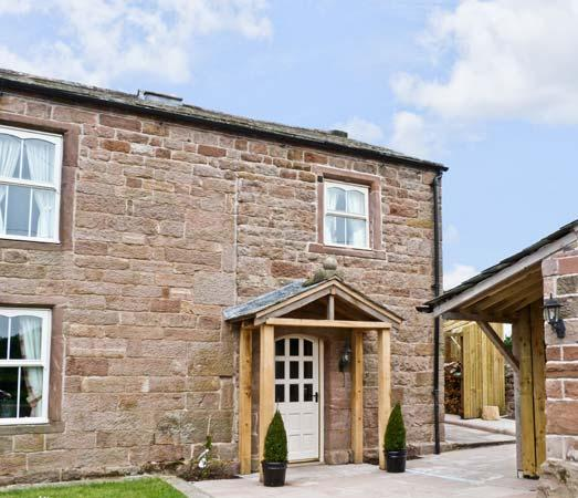 THE COW BYRE , romantic, luxury holiday cottage, with open fire in Barras, Ref 7512 - Image 1 - Kirkby Stephen - rentals
