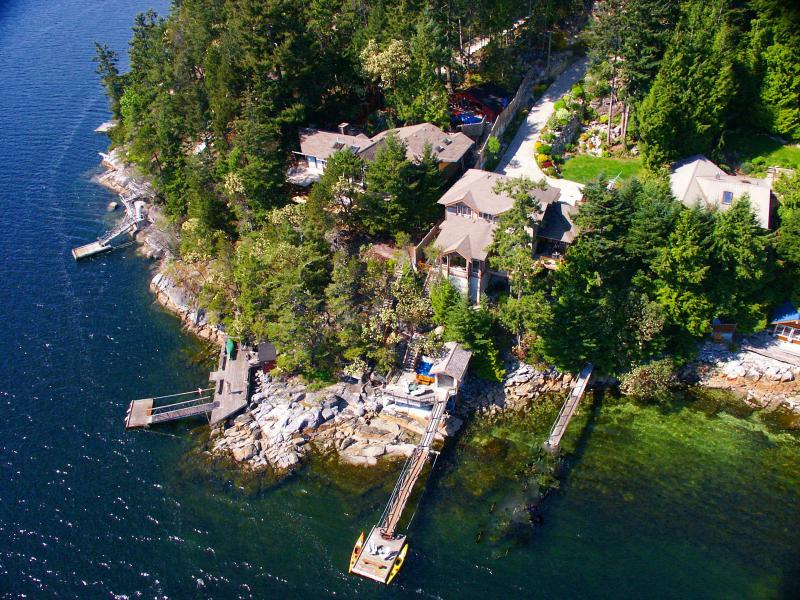 "a bird's eye view of Coracle Cove - ""A perfect west coast getaway"" - Trip Advisor 2013 - Sechelt - rentals"