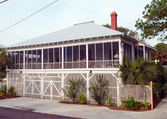Mulherin-Righton Cottage - Image 1 - Tybee Island - rentals