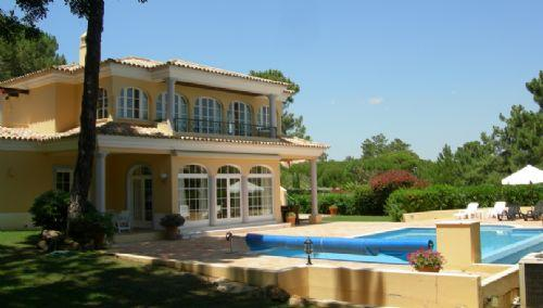 Luxurious private getaway with a pool: PV4-55 - Image 1 - Quinta do Lago - rentals
