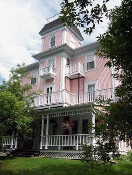 The Old Mansion House - Historic 8 Bedroom Home - Image 1 - Magog - rentals